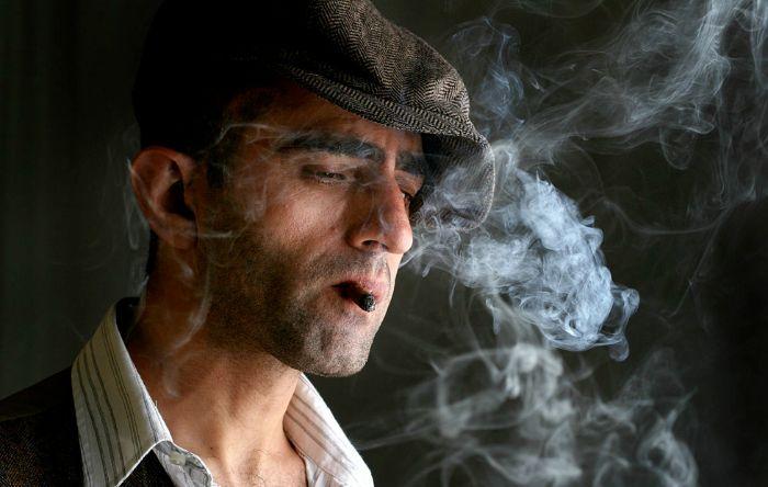 Người thường xuyên hút thuốc lá có nguy cơ mắc bệnh cao