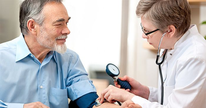 Huyết áp tăng cao là một trong những dấu hiệu nhận biết tăng tiết hormone tăng trưởng