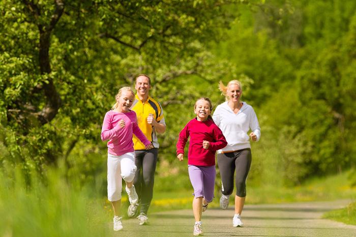 Thường xuyên luyện tập thể dục thể thao giúp nâng cao sức khỏe và ổn định huyết áp trong cơ thể