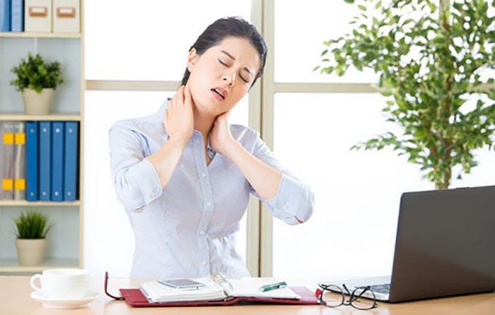 Căng thẳng, mệt mỏi, stress là một trong những nguyên nhân gây ra huyết áp thấp