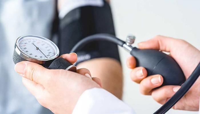 Huyết áp thấp là khi chỉ số huyết áp giảm chỉ còn 90/60 mmHg