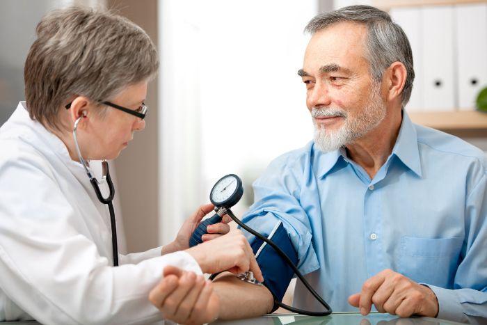 Nguyên nhân phì đại thất trái chủ yếu là do tăng huyết áp gây nên