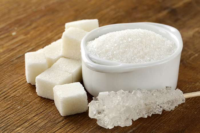 Nên hay không việc uống nước đường khi tụt huyết áp?