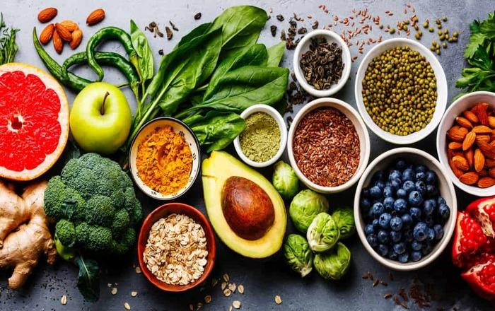 Cách đơn giản nhất để cải thiện chính là ăn uống khoa học hơn