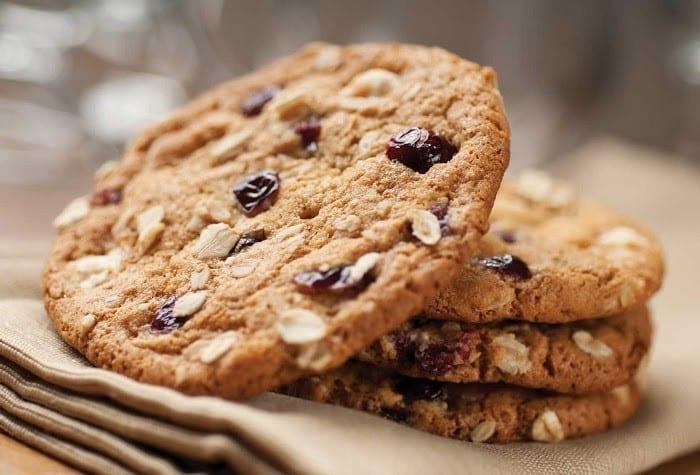 Bánh quy làm từ ngũ cốc nguyên hạt vừa ngon miệng lại tốt cho sức khỏe