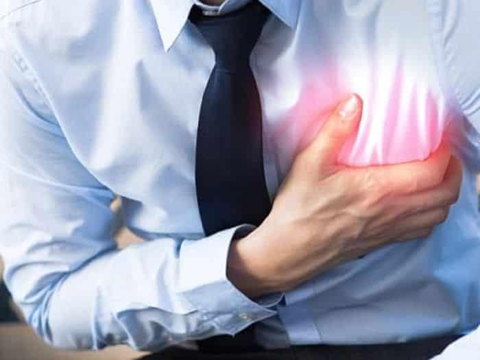 Tăng huyết áp không chỉ gây mờ mắt mà còn dẫn đến tình trạng đau tim đột ngột