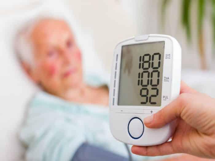Cây địa long có tác dụng chữa trị bệnh cao huyết áp