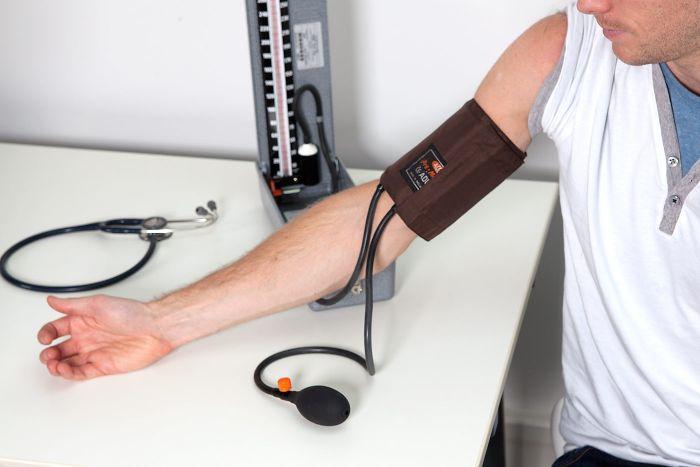 Hướng dẫn cách sử dụng huyết áp kế thủy ngân