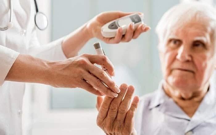 Hãy khám và điều trị bệnh tiểu đường theo đúng lộ trình bác sĩ đã đề ra