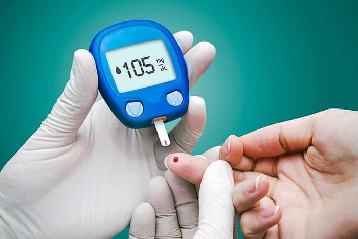Nên kiểm tra lượng đường huyết tại nhà thường xuyên