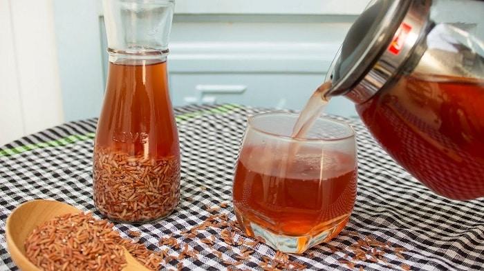 Nấu nước gạo lứt uống rất tốt cho bệnh nhân tiểu đường