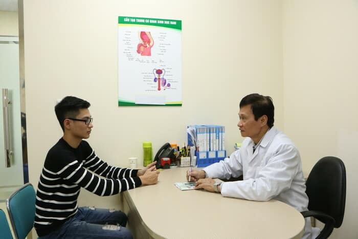 Việc chú ý theo dõi sức khoẻ, tuân thủ chỉ định của bác sĩ rất quan trọng
