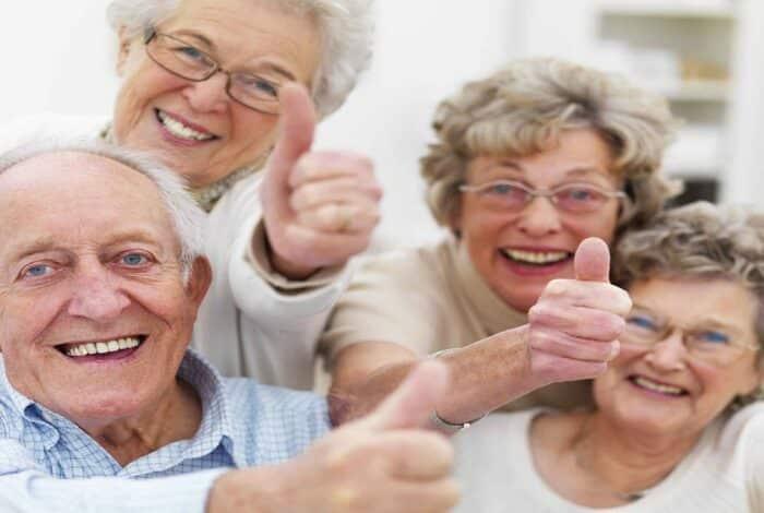 Cơ thể người cao tuổi đã lão hoá với khả năng chữa bệnh và phục hồi thấp hơn