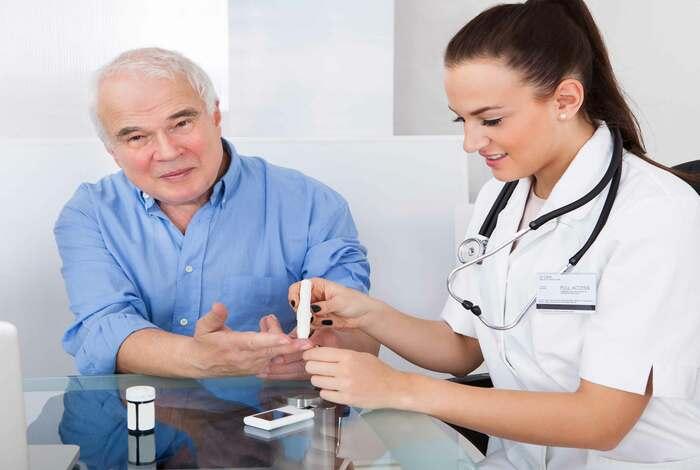 Nguy cơ gặp phải biến chứng ở người bệnh tiểu đường cao hơn nhiều so với bình thường