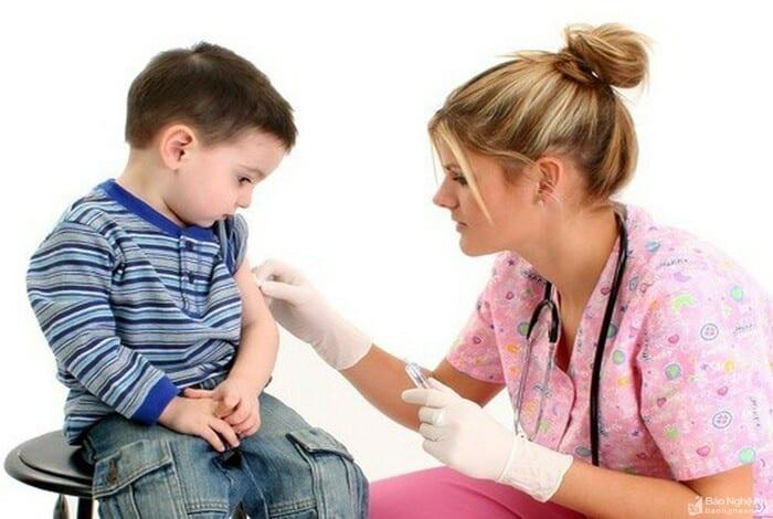 Tiểu đường tuýp 2 thường do các bé có chế độ ăn, sinh hoạt sai lầm