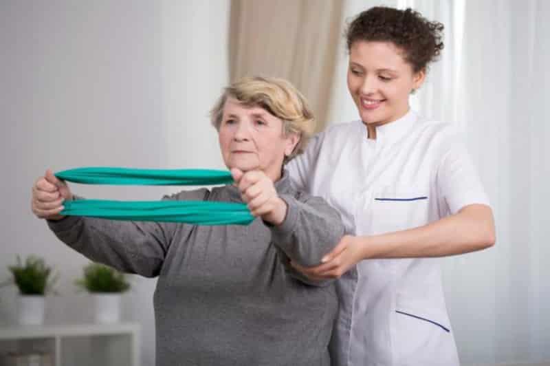 Nhiều người bệnh mất khả năng vận động