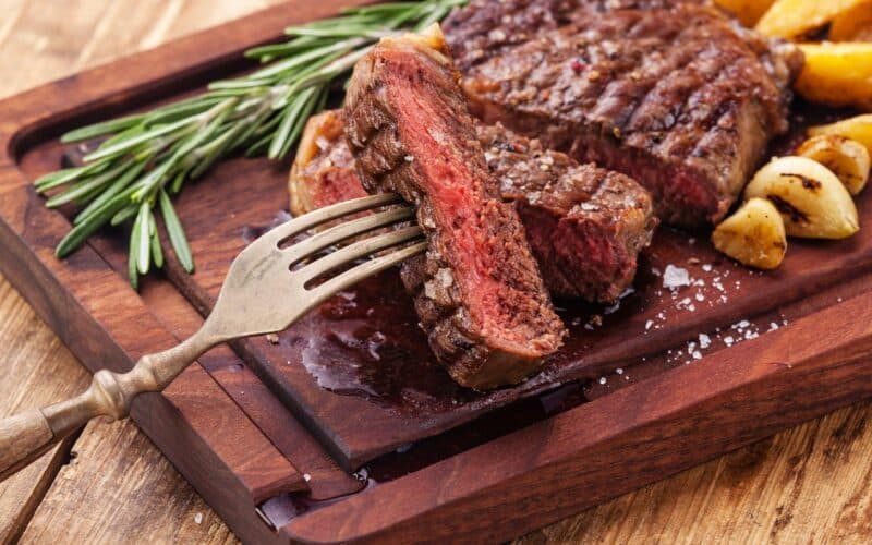 Ăn gì bổ máu - thịt bò là lựa chọn đầu tiên