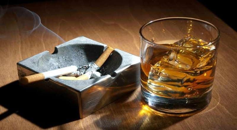 Hạn chế việc sử dụng rượu bia, thuốc lá