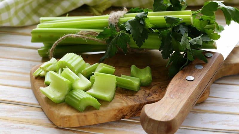 Loại rau này giúp hạ mỡ máu, dưỡng huyết mạch